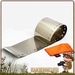 Pare-vent ultra light en feuille de titane enroulable pour réchaud bois ou alcool Toaks. Protégez la flamme du réchaud randonnée